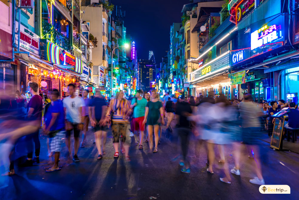 exciting-nightlife-hochiminh-city
